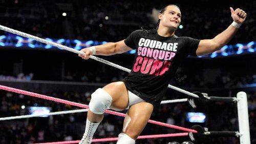 WWEの噂・裏技・裏話_ボー・ダラスの妻はチャンピオン