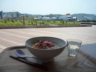 長崎県庁の食堂