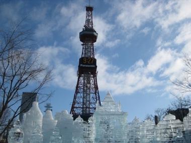 さっぽろテレビ塔と大氷像
