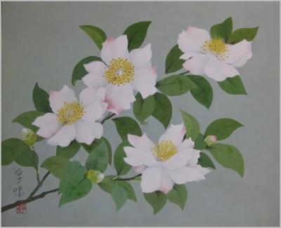 白い花びらに紅のサザンカ