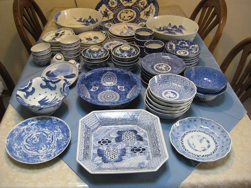 ounaが集めたアンティークの藍の食器