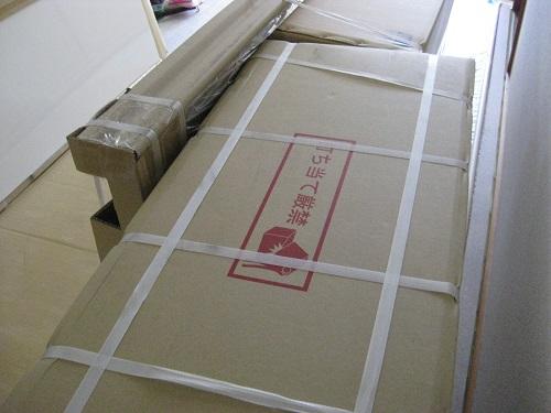 梱包されたシステムキッチンのパーツ 写真3