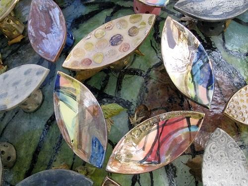 陶器の紫陽花の一部分