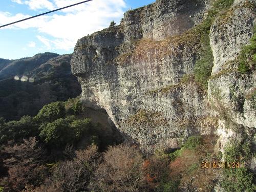 寒霞渓 集塊岩層の崖