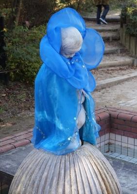 小便小僧のマント ヒマラヤの青いケシ