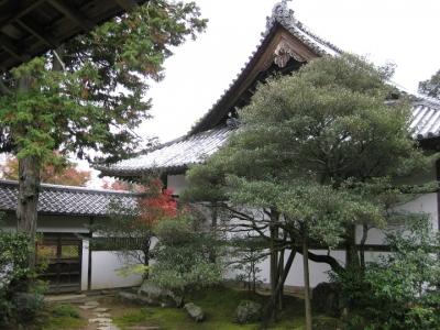 方丈の庭園と堂