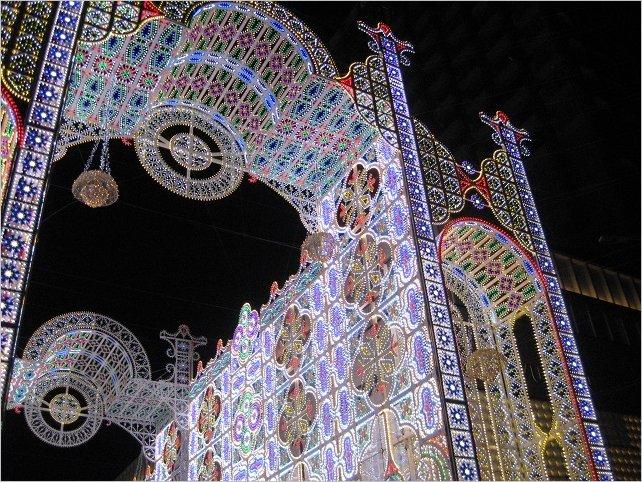 フロントーネ 光の壁掛け スパッリエーラ