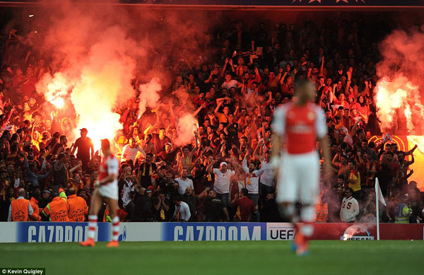 1412193564667_wps_8_Champions_League_Arsenal_.jpg