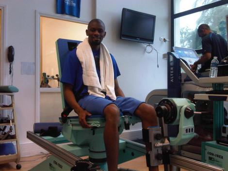 diaby-working-out-rehab.jpg