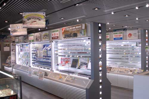 製品の展示棚