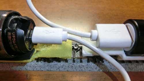 USB端子の位置