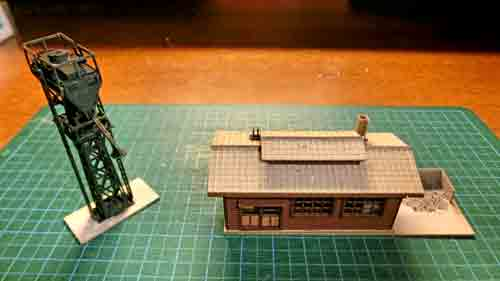 給砂塔と砂焼き小屋