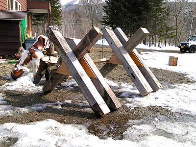廃材利用の玉切り用馬