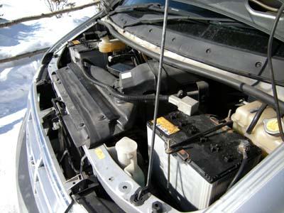 バッテリーのひなたぼっこ。お日様のチカラでバッテリー回復中の図