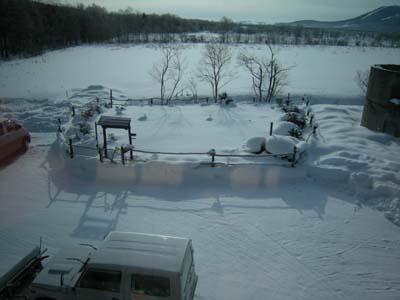 雪置き場が早くも埋まりつつある