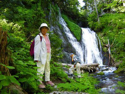 「屈斜路湖・大自然まるごと体感ツアー」_カヌー・釣り・リバーウォークなどなど、森(盛り)だくさん。