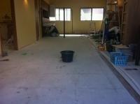 床長尺シート貼り前清掃