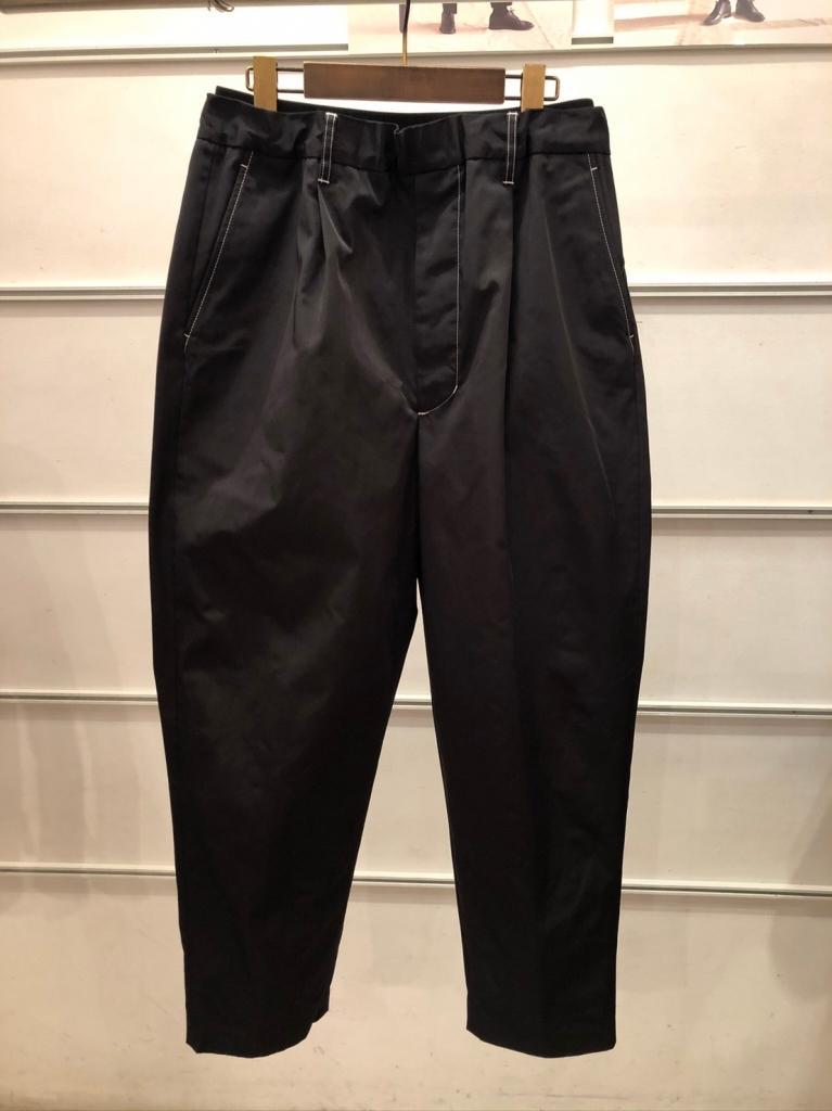 UTSFW20-P02_Easy Dress Pants_Black_表_29000.jpg