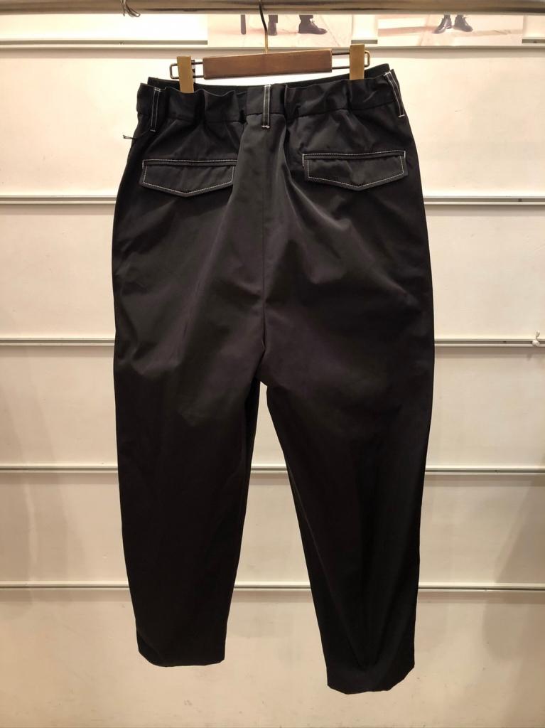UTSFW20-P02_Easy Dress Pants_Black_裏_29000.jpg