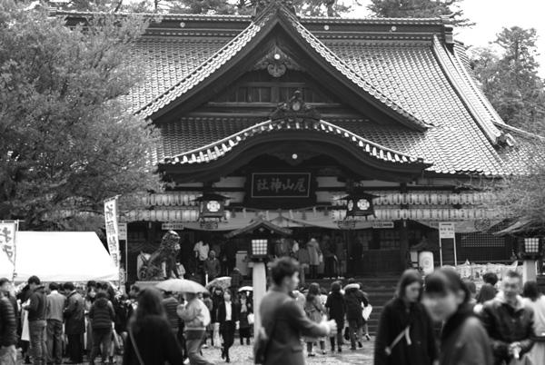 金沢_尾山神社境内