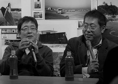語るハービーさんと横木さん