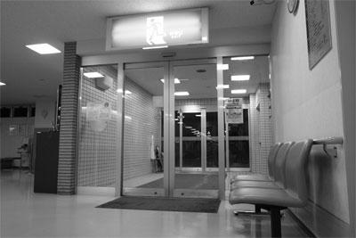 病院の出入り口