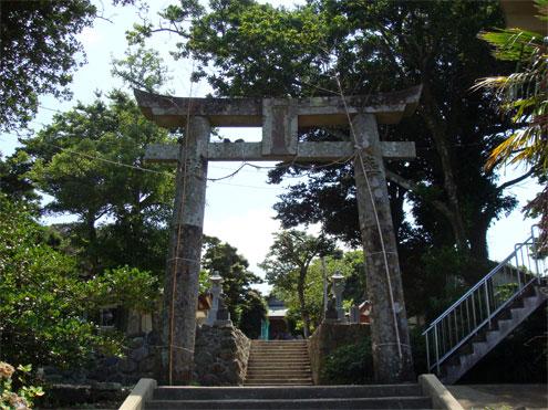 男岳神社の鳥居