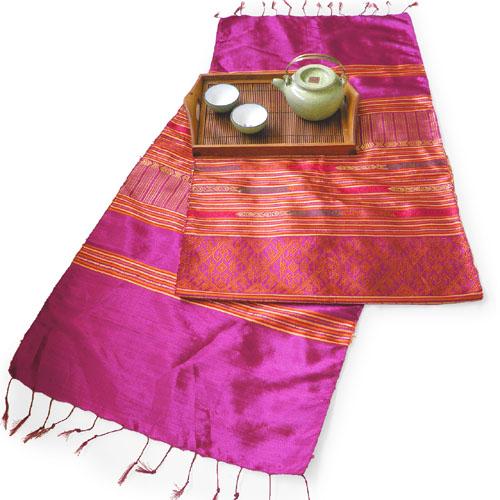 浮き織りシルク布