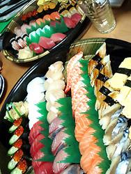 寿司取ったvv