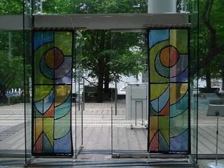 日本色彩学会全国大会に参加 美しいステンドグラス