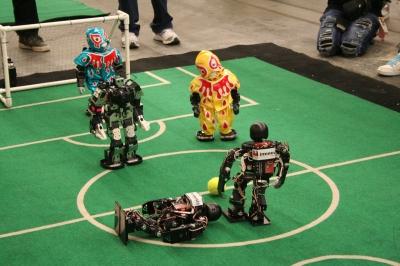 Robot Soccerの試合風景