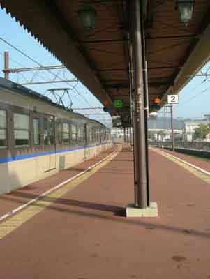 061013_宇野駅2