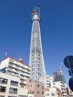 @業平橋・天気も良い中でそびえ立つ東京スカイツリー