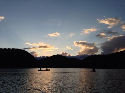 かなやま湖でのカヌー