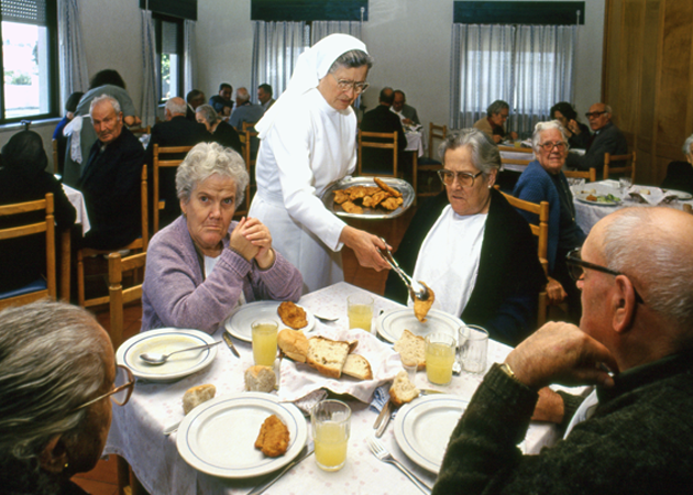 Retired people 老人養護施設の入居者