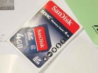 EeePC 4G-XU付属のSDHCカード