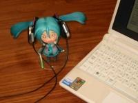 ASUS Eee PC・EeePCにロジテックのBluetoothヘッドホンを接続、iTuneでミュージックボックス化して無線で飛ばす