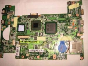 ASUS Eee PC・EeePC901の生基板である。