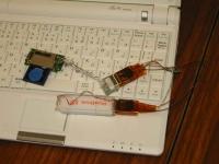 ASUS Eee PC・EeePC 4G-XUに内蔵USBポートを増設する1