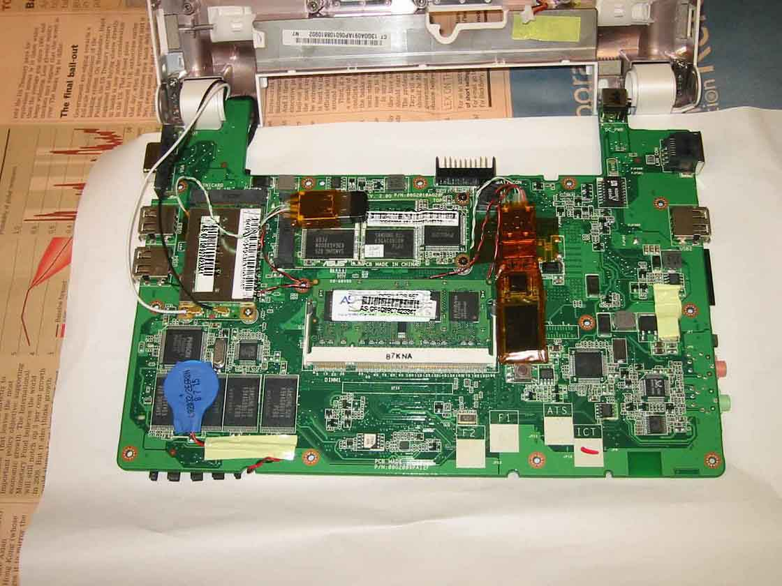 Eee PC 900の増設ポイント俯瞰図