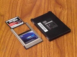 今回使用する SSD CFカード