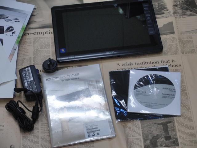 Acer ICONIA TAB W500 内容物