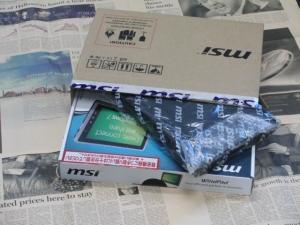 MSI WindPad 110W 化粧箱 内容