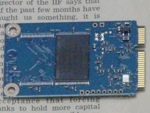 MSI WindPad 110W 分解 マザーボード SSDカード 裏