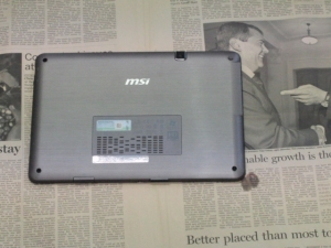 MSI WindPad 110W 分解 裏ブタ