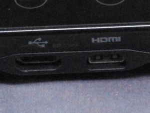 google アンドロイド HTC EVO WiMAX(au ISW11HT) HDMI USB 端子 インターフェース