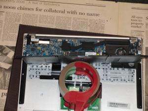 ASUS ZENBOOK UX31E UX31E-RY128 UX21 分解 電池の薄さ
