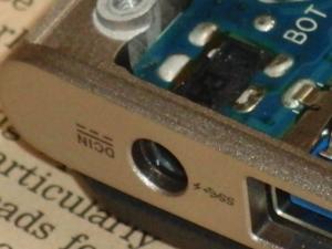 ASUS ZENBOOK UX31 ACアダプター DCアダプター 電源 ジャック