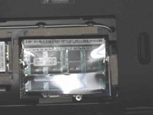Aspire AS5750-F58D/LK 分解 メモリ増設 ディスク 増設