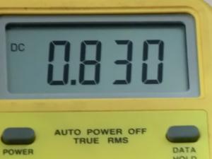 htc evo 専用充電器 ACコンセントから取るタイプ 電流を測定